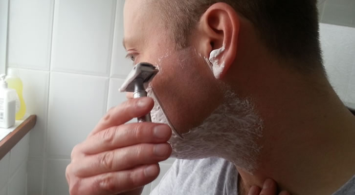 Ask Aaron Q/A: Does double edge shaving really make hair grow back quicker & thicker?